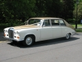 gold_ivory_daimler_limousine_gal_3